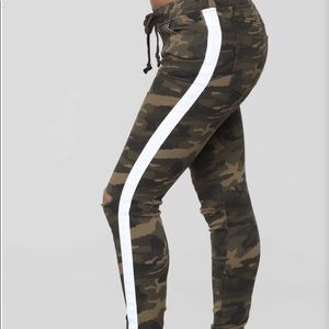 Camouflage Joggers w/ white side stripe